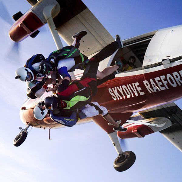 skydive-paraclete-xp-experienced-skydivers