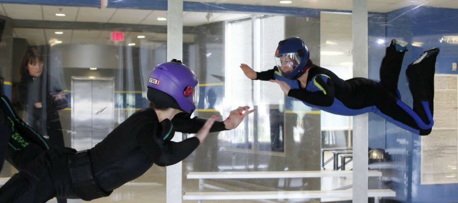 womens-leadership-conference-wind-tunnel-flying
