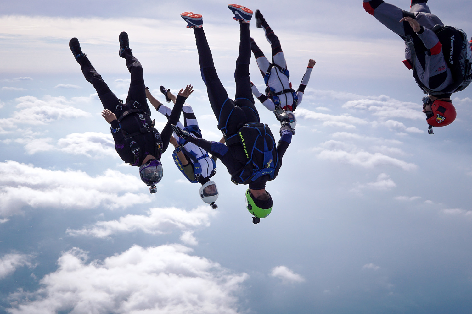 Gifts For Organizers >> Vertical Skydiving | Skydive Paraclete XP