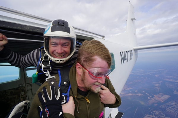 tandem student faces his fears of skydiving