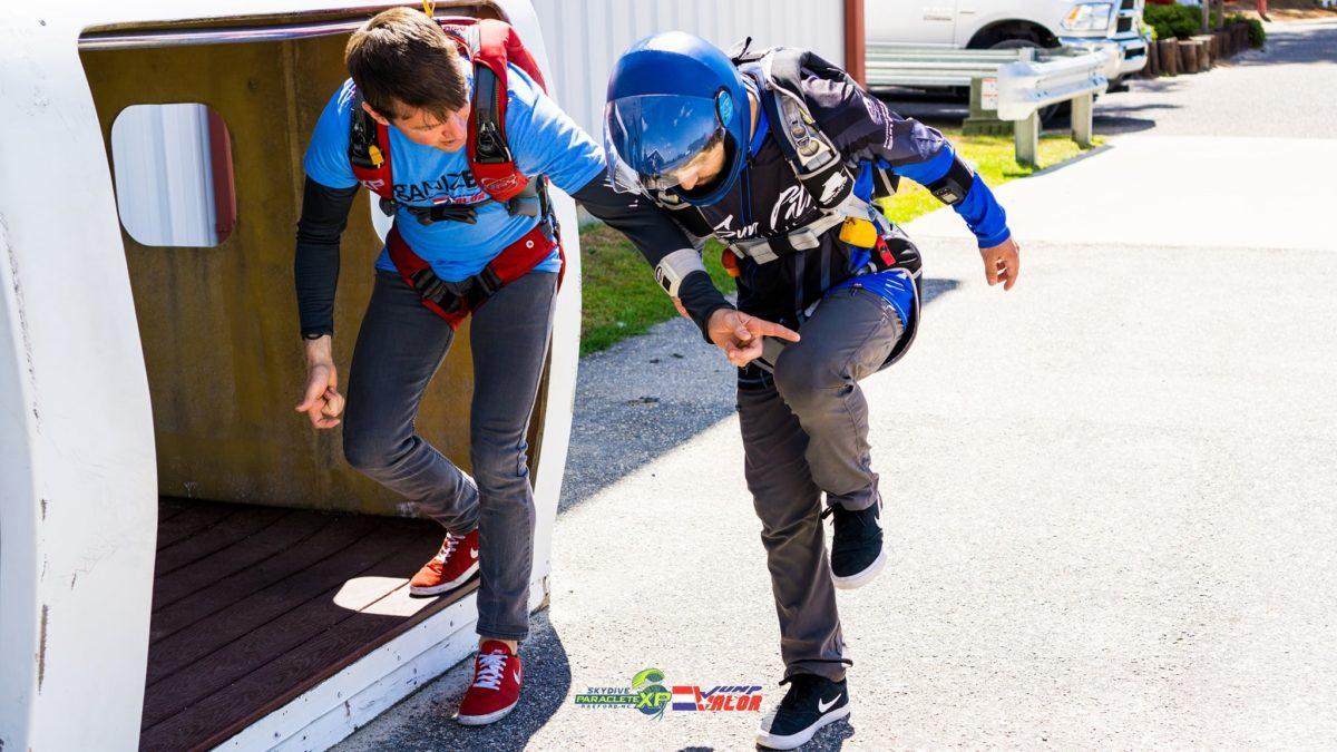 skydiving school